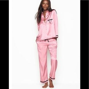 Victoria's Secret satin pajamas size small new